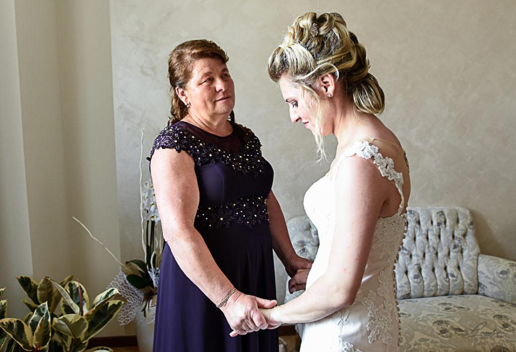 Oxana, la sposa, e sua madre